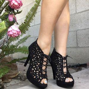 ✨Jennifer Lopez | High Heels | Black | Cute Detail